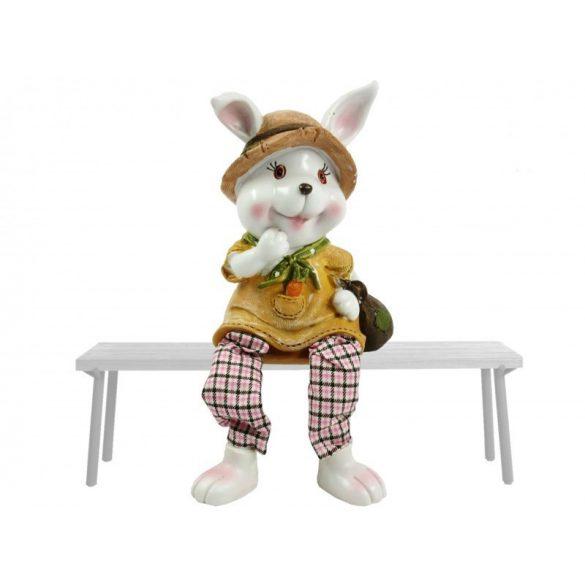 """Húsvéti nyuszi kalapban - """"Lógólábú"""""""