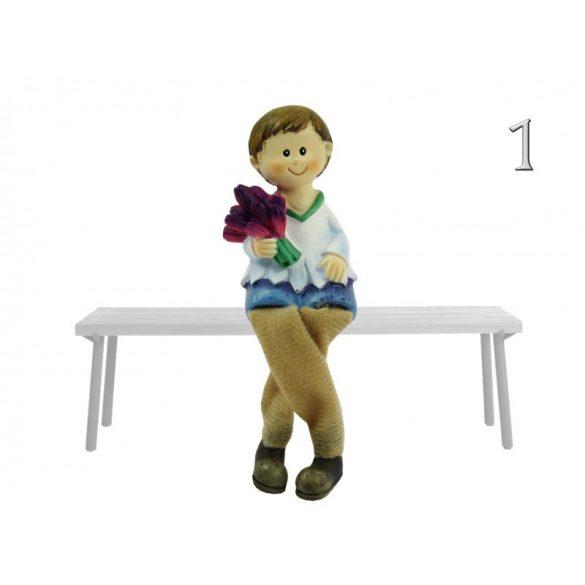 Lógólábú fiú-lány figura, lila vagy rózsaszín tulipános